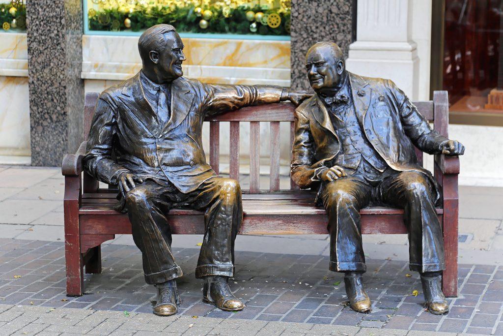 Churchill Roosevelt allies statue